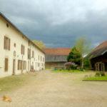 la Ferme du Buisson vue sur cour -chambre hôtes Briare